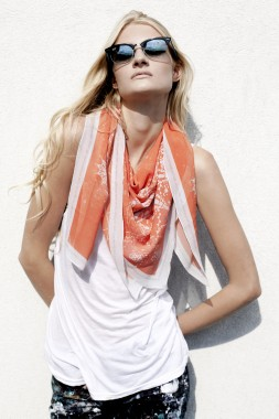 wrq.e.d Galaxy Summer Edition scarf